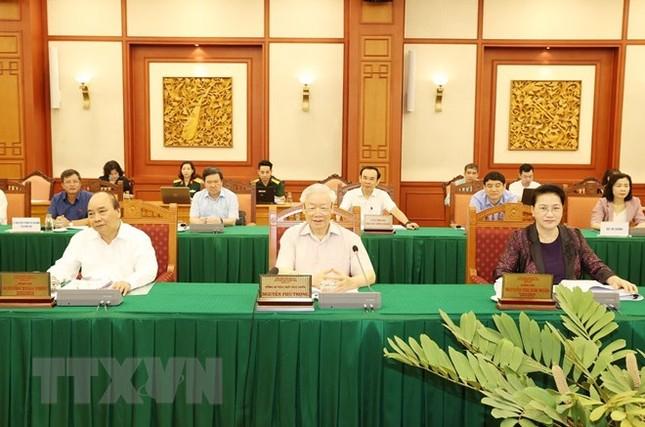 Bộ Chính trị làm việc với Thường vụ Quân ủy Trung ương ảnh 8