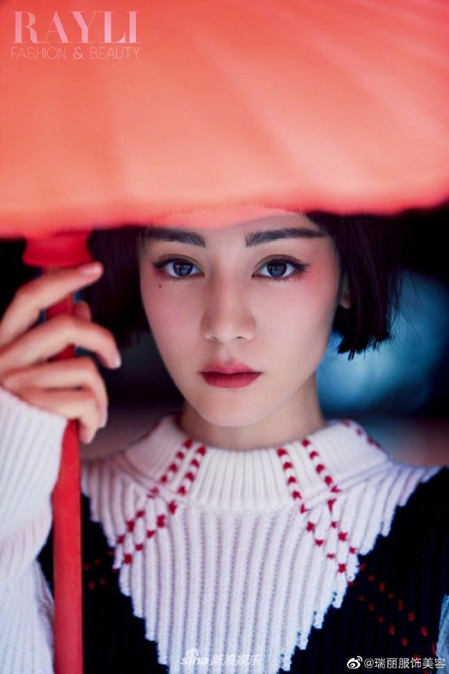 Địch Lệ Nhiệt Ba 'xuống tóc' đẹp lạ trong Tử Cấm Thành gây 'bão' mạng ảnh 5