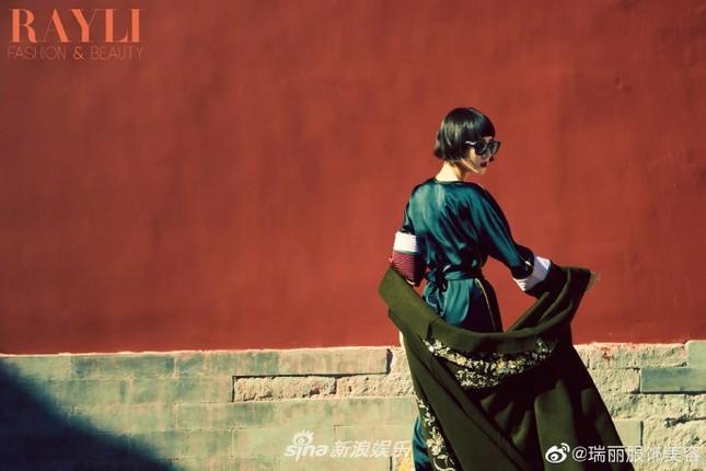Địch Lệ Nhiệt Ba 'xuống tóc' đẹp lạ trong Tử Cấm Thành gây 'bão' mạng ảnh 8
