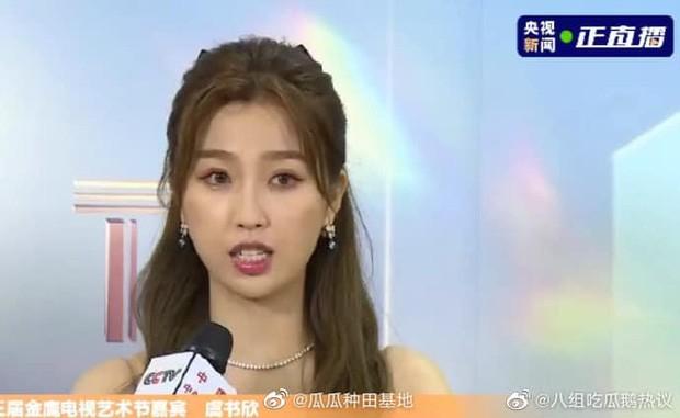 'Bóc trần' nhan sắc thật của loạt mỹ nhân Hoa ngữ tại lễ bế mạc Kim Ưng 2020 ảnh 16