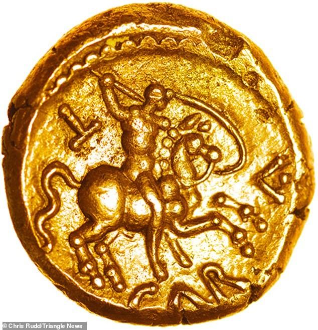 Câu chuyện đằng sau đồng tiền vàng hơn 2.000 năm tuổi ảnh 1