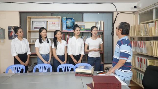 Thí sinh Hoa Hậu Việt Nam tổ chức đêm nhạc cho trẻ em khiếm thị tại mái ấm Thiên Ân ảnh 1