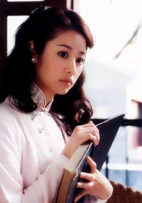 Lưu Gia Linh bị dân mạng 'ném đá' vì đóng vai gái đôi mươi ở tuổi U60 ảnh 8