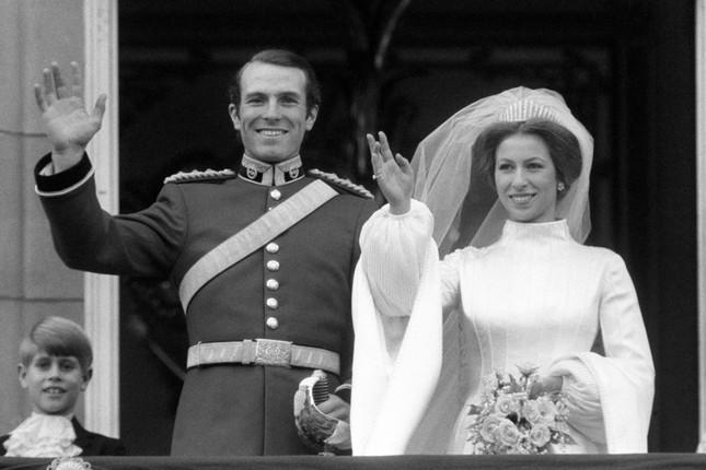 Phim về Hoàng gia Anh bỏ sót vụ bắt cóc Công chúa Anne năm 1974 ảnh 2