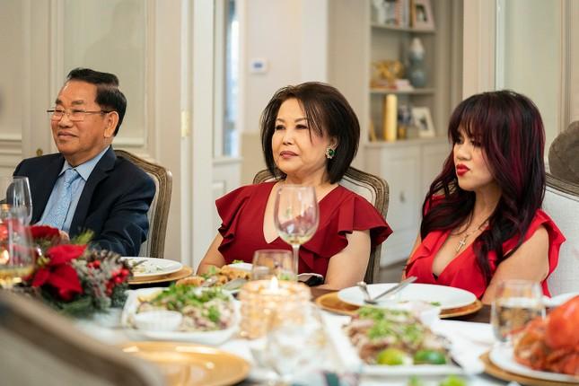 HBO làm chương trình thực tế về gia đình gốc Việt siêu giàu tại Mỹ ảnh 5