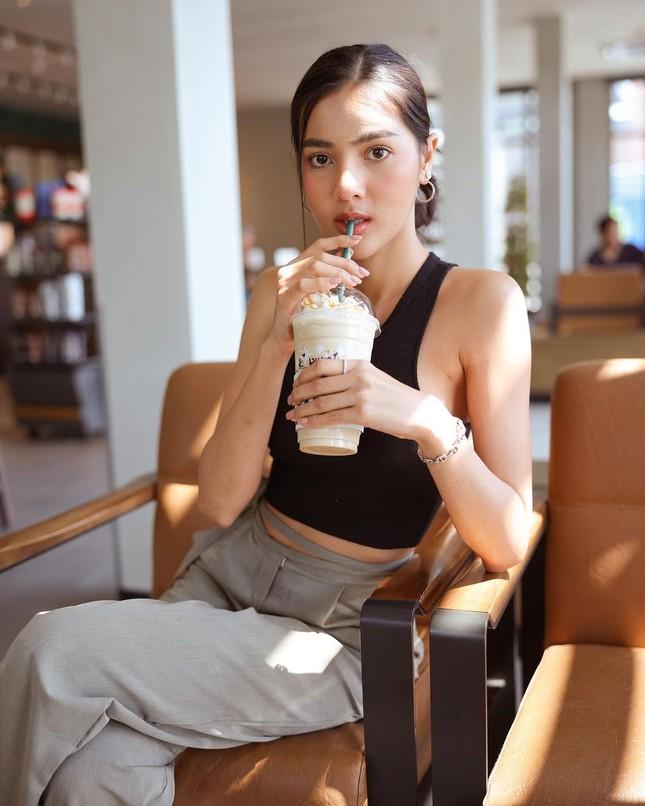 Ngoại hình 'bốc lửa' của người mẫu 27 tuổi đăng quang Hoa hậu Thái Lan 2020 ảnh 11