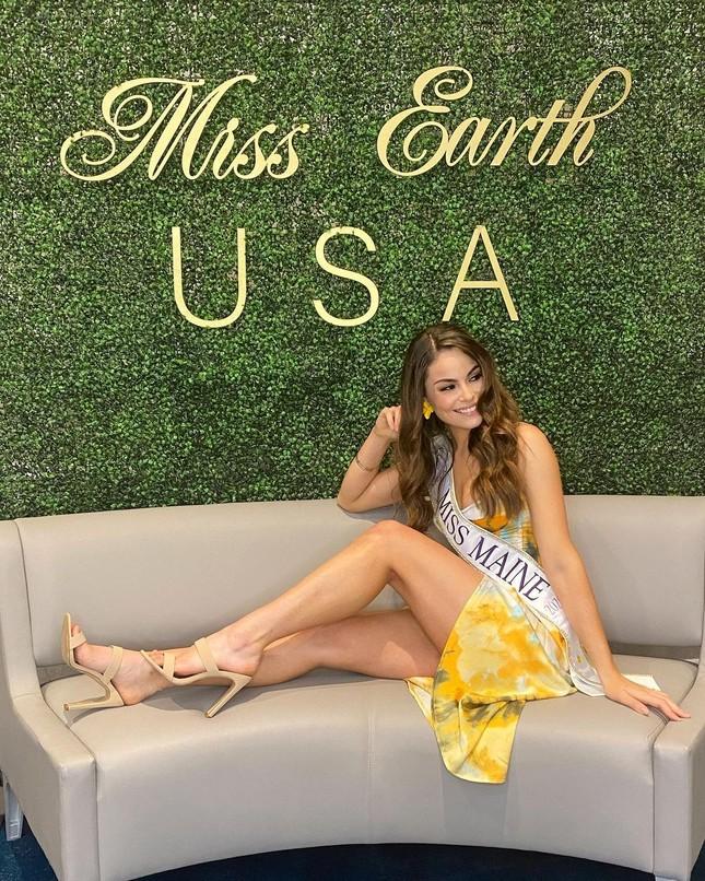 Sắc vóc cực phẩm của người mẫu 27 tuổi đăng quang Hoa hậu Trái đất Mỹ 2021 ảnh 3