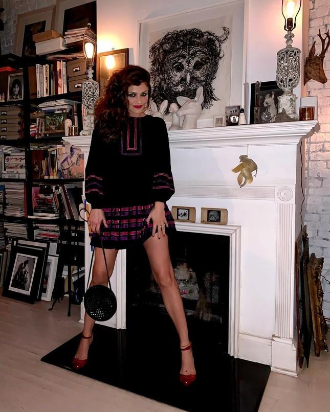 Siêu mẫu Helena Christensen 52 tuổi vẫn sở hữu hình thể 'bốc lửa' đáng ghen tỵ ảnh 5