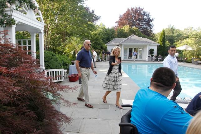 'Choáng ngợp' kiến trúc dinh thự dành riêng cho Phó Tổng thống Mỹ ảnh 11
