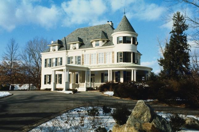 'Choáng ngợp' kiến trúc dinh thự dành riêng cho Phó Tổng thống Mỹ ảnh 2