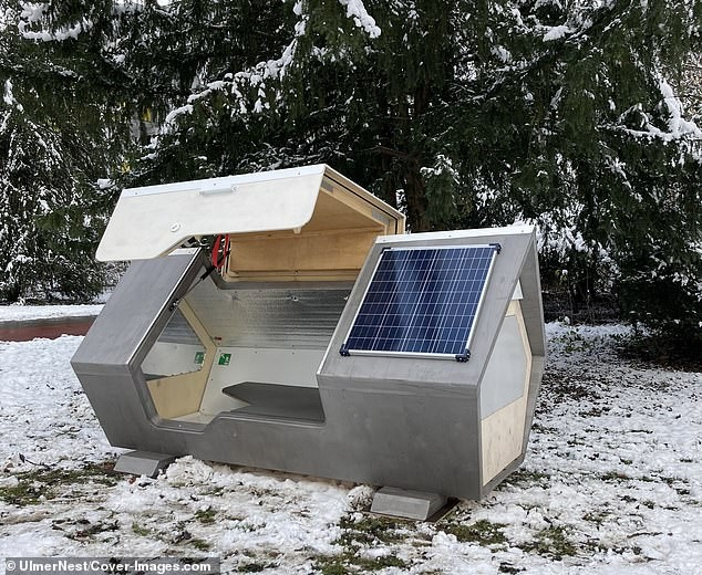 Bất ngờ với thiết kế tiện lợi của 'buồng ngủ di động' dành cho người vô gia cư ảnh 4