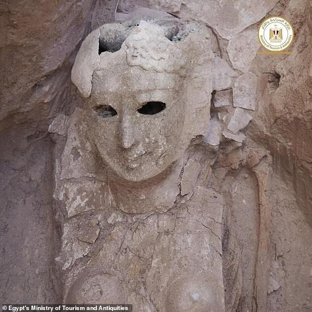 Xác ướp Ai Cập 2.000 năm tuổi có chiếc lưỡi bằng vàng ảnh 2