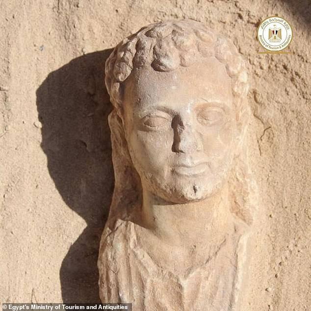 Xác ướp Ai Cập 2.000 năm tuổi có chiếc lưỡi bằng vàng ảnh 3