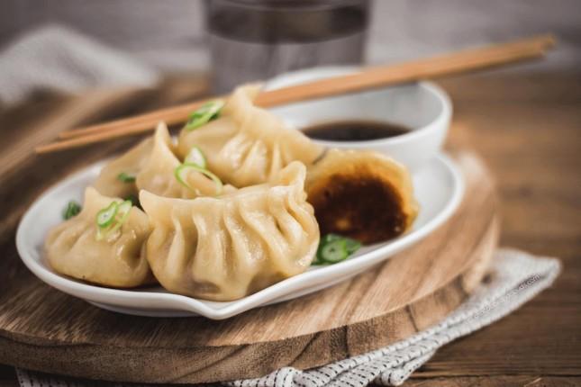 Món sủi cảo của Trung Quốc tượng trưng cho vật gì?