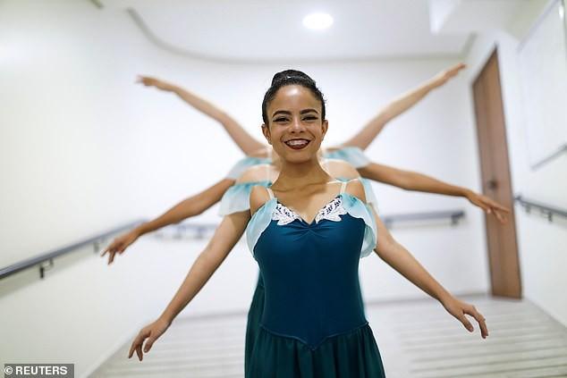 Vũ công ballet không tay 16 tuổi gây 'bão' mạng xã hội ảnh 3