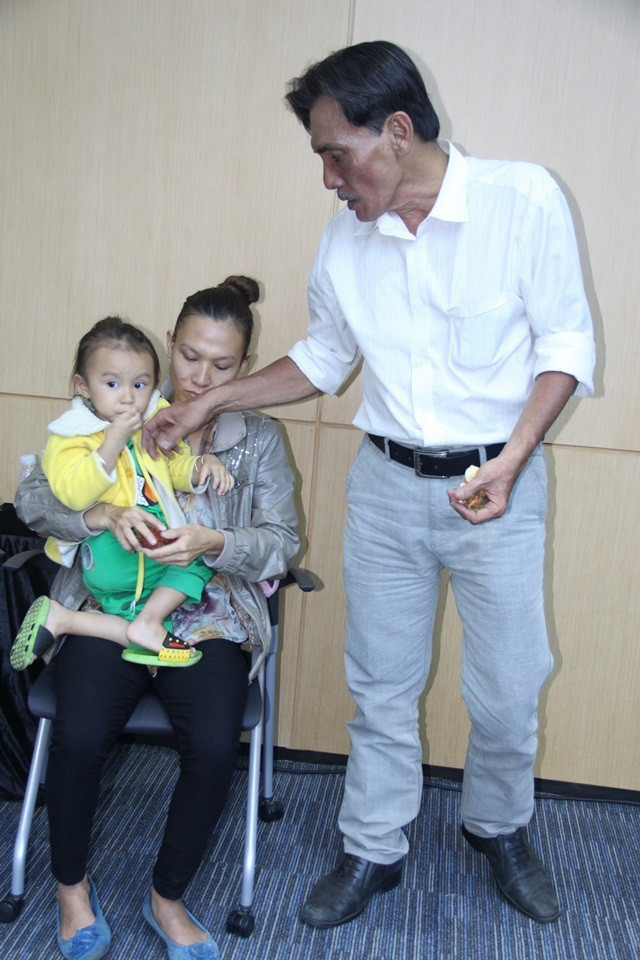 Vợ Thương Tín chia sẻ lý do không ở cạnh khi chồng nhập viện ảnh 2