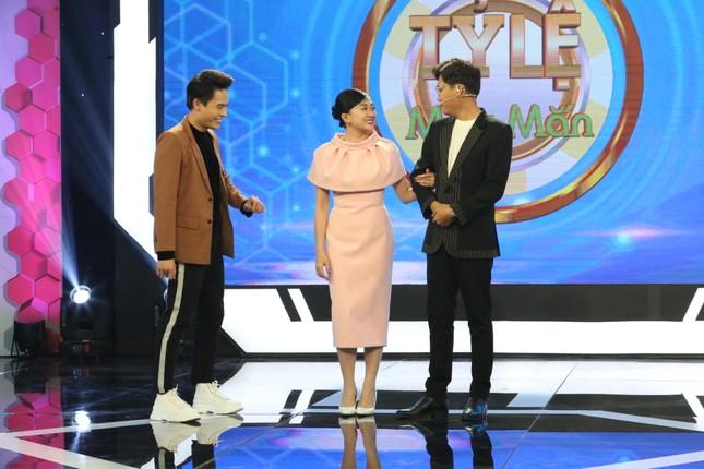 Xuân Nghị 'cà khịa' MC Võ Tấn Phát trên gameshow ảnh 3