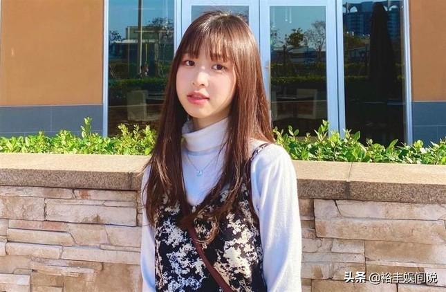 Nữ ca sĩ 21 tuổi xứ Đài về trường cấp ba cũ nhảy lầu tự tử ảnh 3