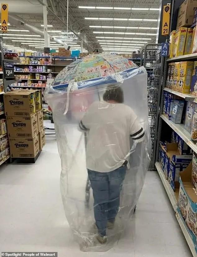 Dân mạng khắp thế giới chia sẻ những tình huống 'khó đỡ' trong siêu thị ảnh 3