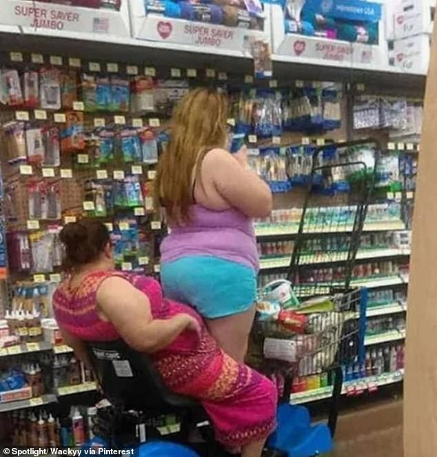 Dân mạng khắp thế giới chia sẻ những tình huống 'khó đỡ' trong siêu thị ảnh 4