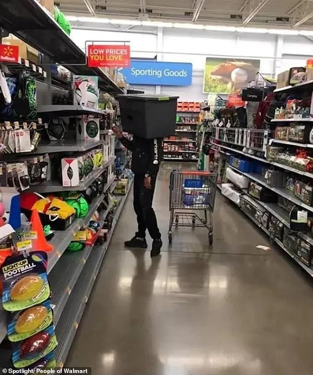 Dân mạng khắp thế giới chia sẻ những tình huống 'khó đỡ' trong siêu thị ảnh 5