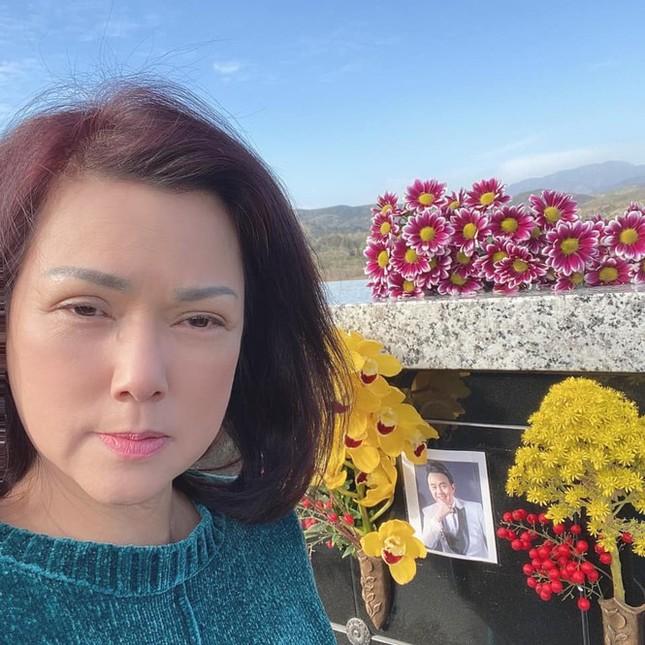 Showbiz 18/3: Sao Việt động viên NSND Minh Hằng vượt qua nỗi đau mất chồng ảnh 6
