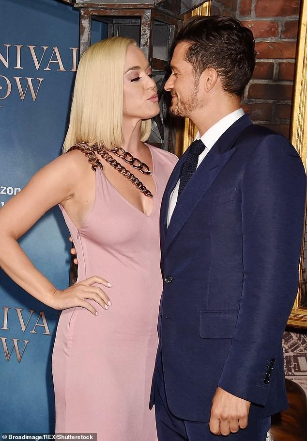 Orlando Bloom tiết lộ 'quan hệ vợ chồng' bị ảnh hưởng sau khi Katy Perry sinh con ảnh 1