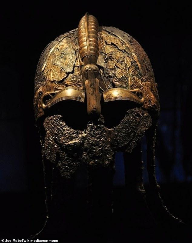 Hài cốt hai chiến binh thời đồ sắt và nghi lễ tiễn đưa linh hồn sang 'thế giới bên kia' ảnh 1