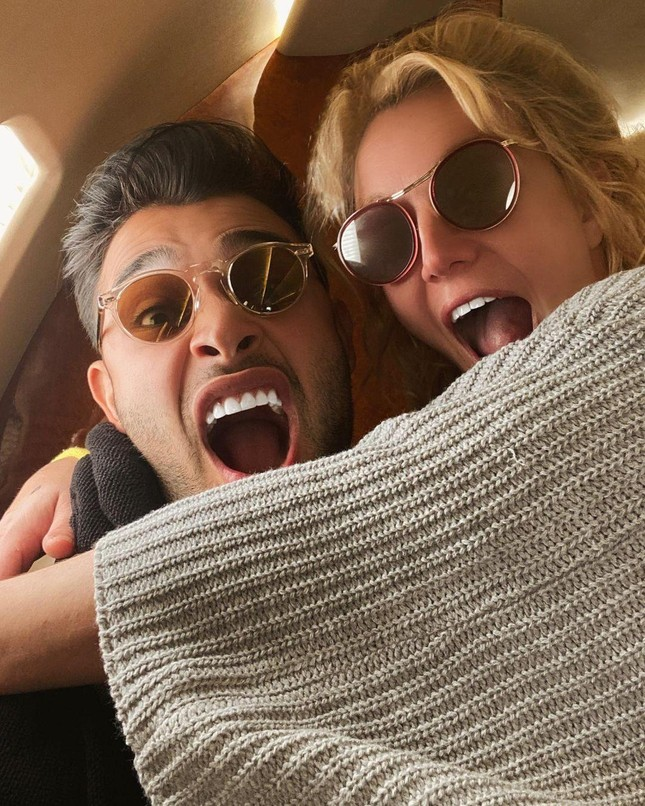 Britney Spears 'khóc suốt hai tuần' vì phim tài liệu về bản thân ảnh 1