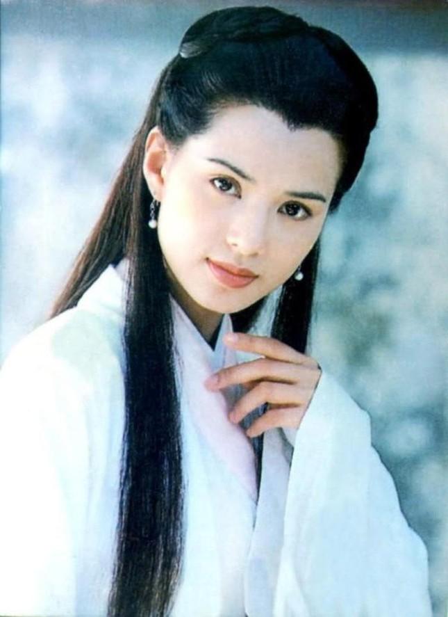 Lý Nhược Đồng diện cổ trang, dân mạng lại nhớ Tiểu Long Nữ hơn 25 năm trước ảnh 9