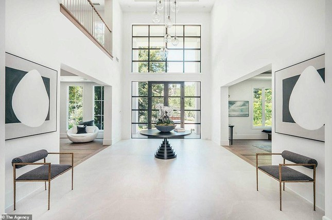 Cận cảnh biệt thự mới tậu của Madonna, được giá hời gần 6 triệu USD ảnh 6