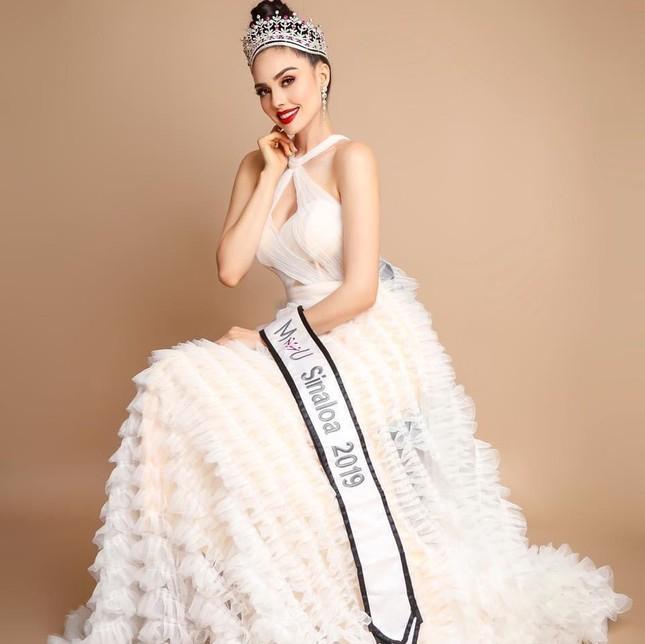 Nhan sắc 'chân dài' 1m79 vừa đăng quang Hoa hậu Hoàn vũ Mexico 2021 ảnh 2