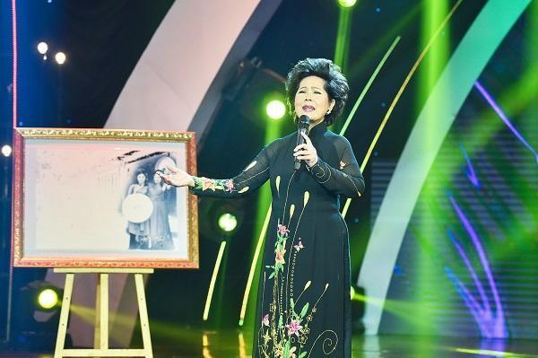 Hoàng tử nhạc pop Chi Dân gây ấn tượng trong đêm nhạc Trần Thiện Thanh ảnh 2
