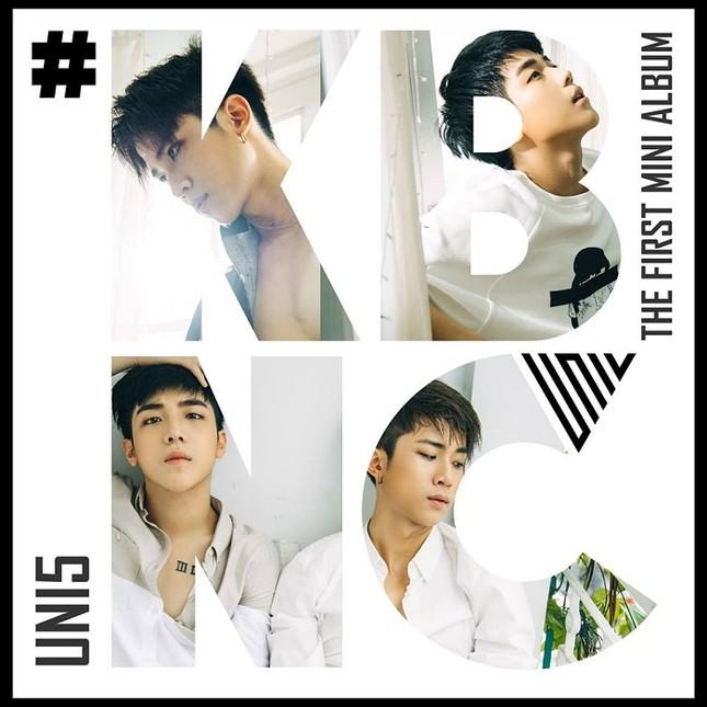 Nhóm nhạc nam Uni5 gây bất ngờ khi hát Ballad ảnh 1
