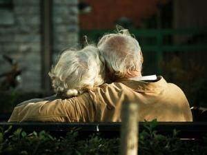 Tình yêu vẫn có thể rất tuyệt vời ngay cả khi nó bình lặng ảnh 4