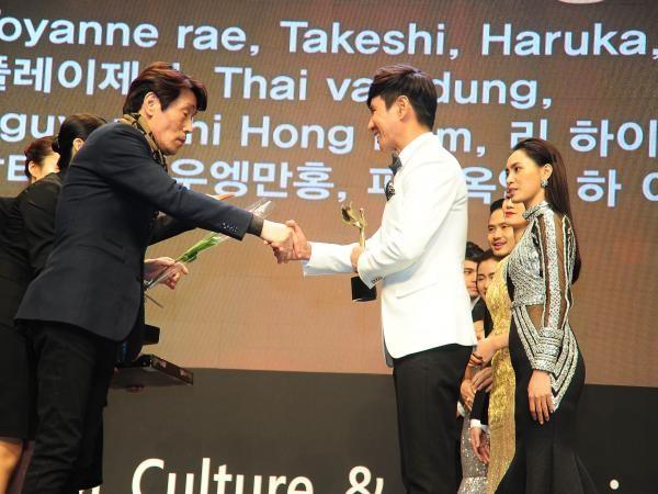 Lý Hải nhận được giải thưởng về điện ảnh đầu tiên