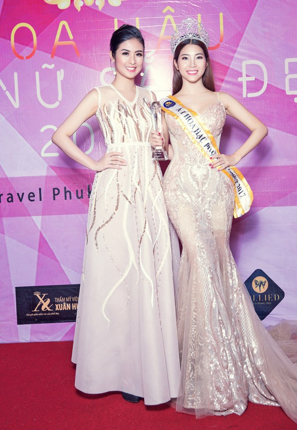 Hoa hậu Việt Nam Ngọc Hân chúc mừng Phạm Anh Thư đăng quang Hoa hậu Phụ nữ Sắc Đẹp 2017 ảnh 2
