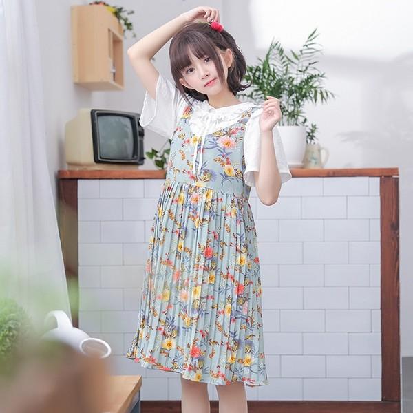 5 mẫu váy đang được các tín đồ thời trang châu Á diện nhiều nhất khi tiết trời se lạnh ảnh 4