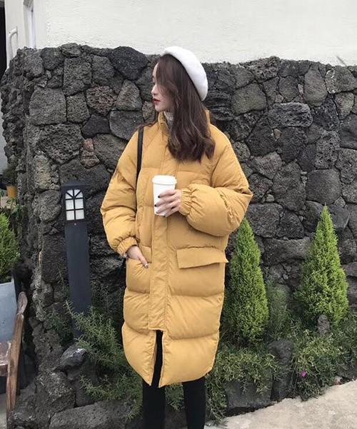 """Xu hướng áo phao """"to như gấu"""" kiểu Hàn đang ngày càng hot rầm rộ ở Việt Nam ảnh 2"""
