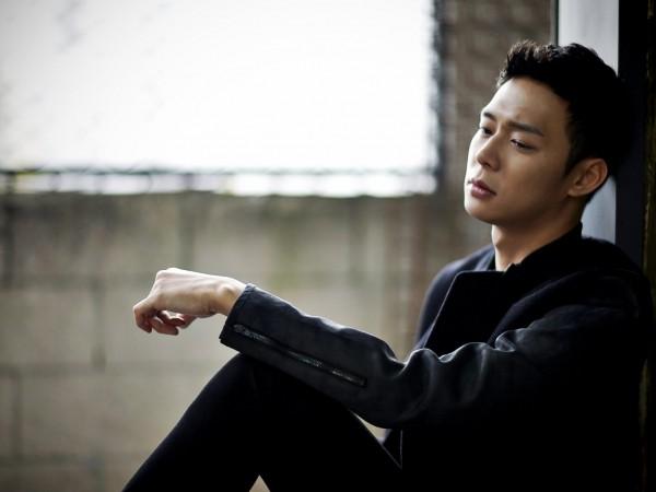 Park Yoochun bị đòi bồi thường 24 tỷ đồng vì để chó cắn người từ gần 10 năm trước ảnh 3