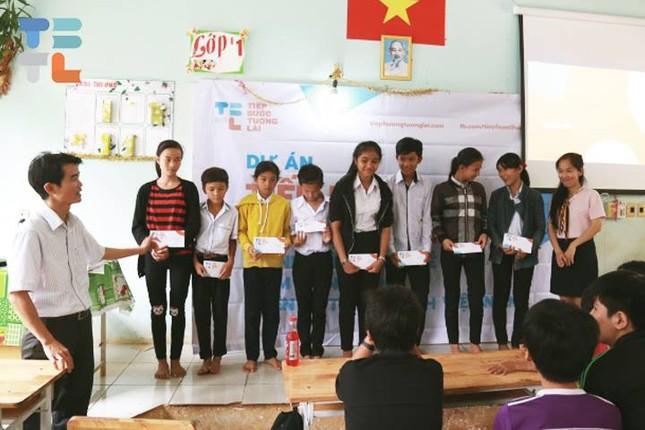 Teen chung tay xây dựng góc đọc sách tại 63 tỉnh thành trên toàn quốc  ảnh 6