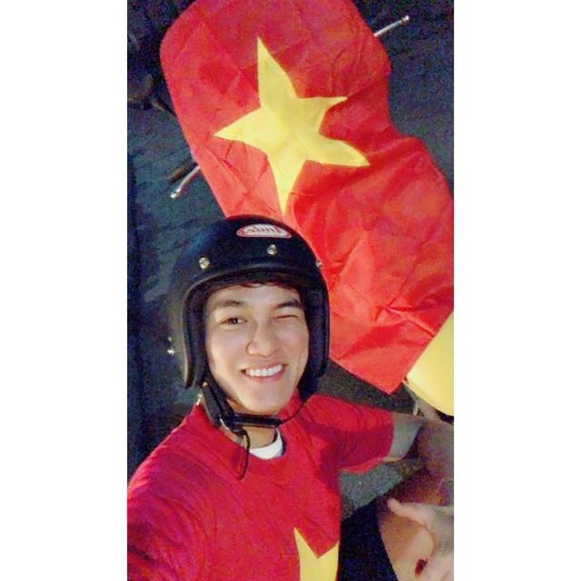 Rất nhiều ngôi sao V-Biz đồng loạt trở thành fanboy, fangirl của U-23 Việt Nam ảnh 7