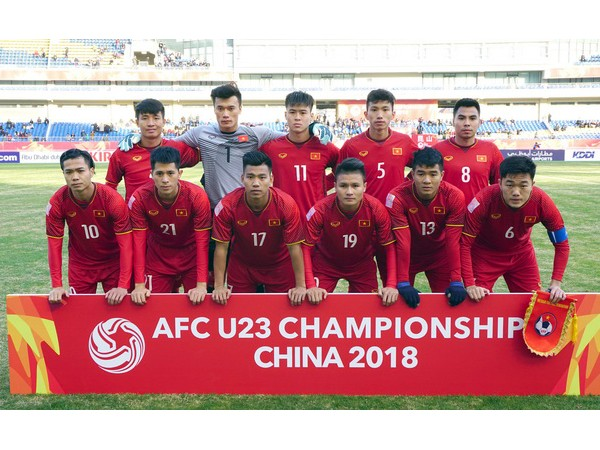 Rất nhiều ngôi sao V-Biz đồng loạt trở thành fanboy, fangirl của U-23 Việt Nam ảnh 1