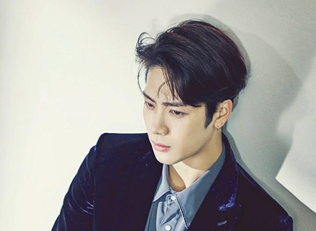 Jackson (GOT7) chỉ muốn được hẹn hò, nhưng ước mơ ấy xem ra còn xa vời lắm ảnh 1
