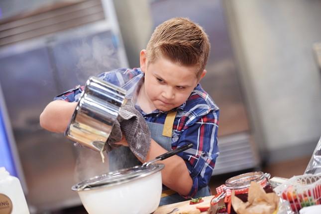 """""""Thợ làm bánh nhí tranh tài"""" - Đối thủ mới của """"Vua đầu bếp nhí""""? ảnh 4"""