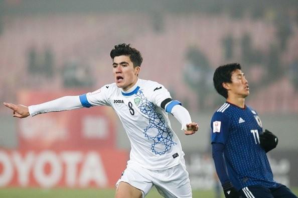 """Cư dân mạng đã """"soi ra"""" cầu thủ đẹp trai nhất U23 Uzbekistan ảnh 4"""