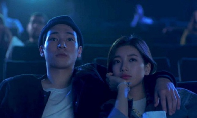 Được làm bạn trai của Suzy lẫn Taeyeon, chàng trai siêu may mắn ấy là ai? ảnh 1