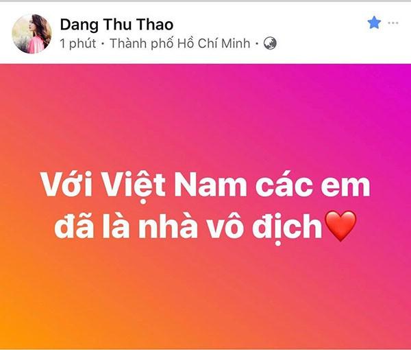 """Các mỹ nhân showbiz Việt thay nhau bày tỏ tình cảm tới những """"người hùng"""" U23 ảnh 4"""
