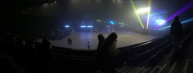 Concert K-Pop tại London chỉ thu hút được 300 fan, ban tổ chức phải phát vé miễn phí ảnh 3
