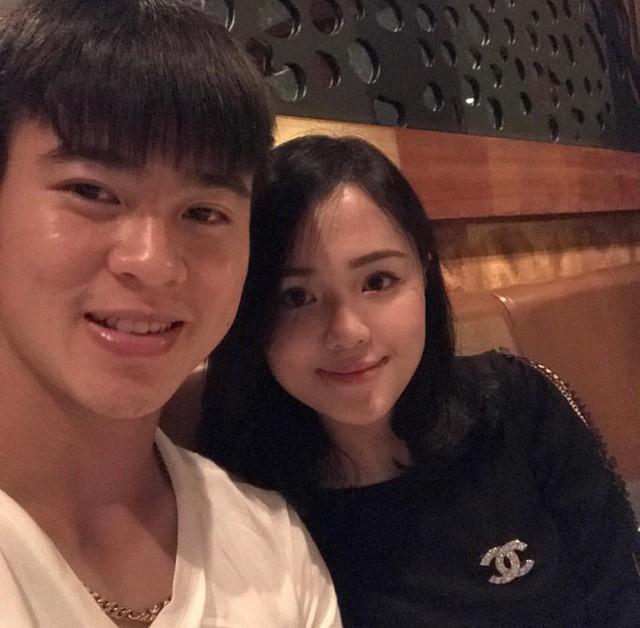 Lộ diện bạn gái của Duy Mạnh - đội phó U23 Việt Nam cắm quốc kỳ trên tuyết trắng ảnh 11